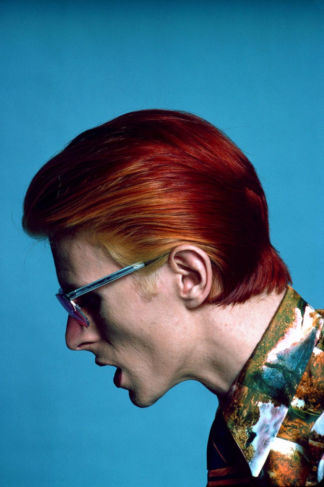 David Bowie as Tilda Swinton, and Vice Versa Open Culture David bowie photo shoot