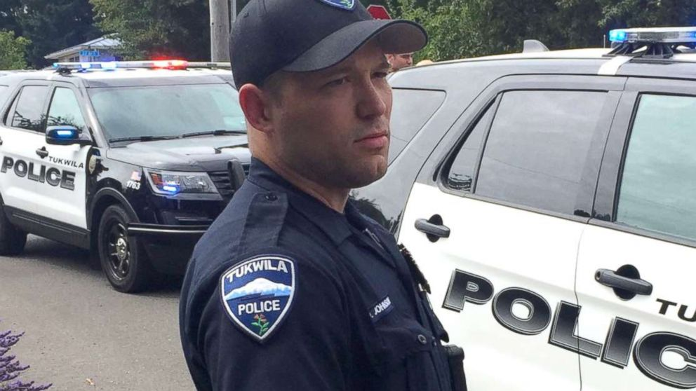 Washington police officer saves 6-month-old baby while working overtime