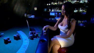 Poker 384 Michelle Obama Surprises Dance Class