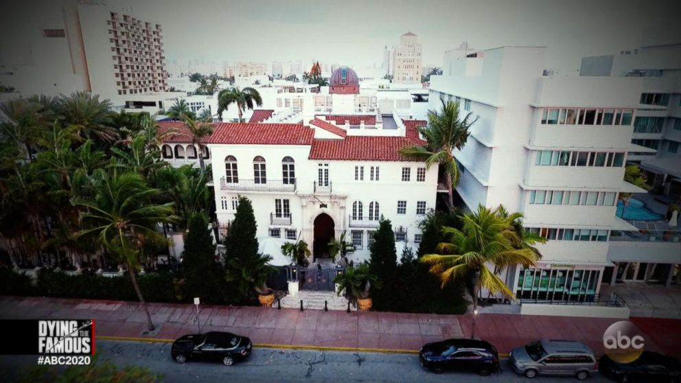 Gianni Versace Is Murdered In Front Of His Miami Beach Mansion Part 4 Video Abc News
