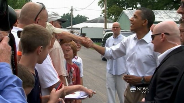 VIDEO: President travels to Illinois, announces speech on jobs.