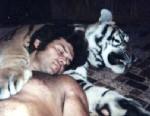 Real-Life Tarzan Lives With Big Cats