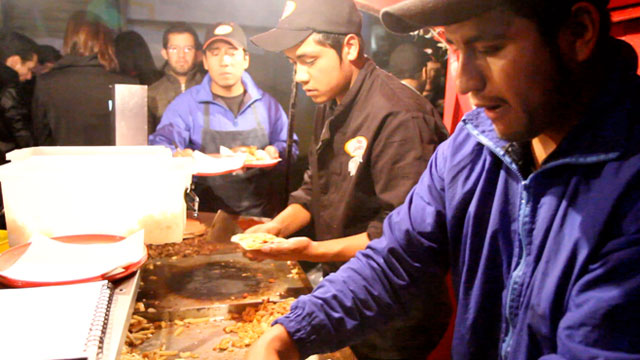 PHOTO: Tacos Marvichi, a sidewalk taco stand, is an institution in Polanco, a ritzy neighborhood in Mexico City.