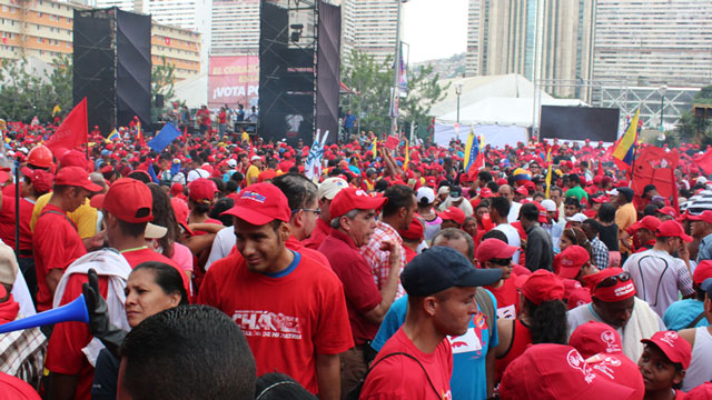 PHOTO:Chavez supporters packed several avenues in dowtown Caracas on Thursday.