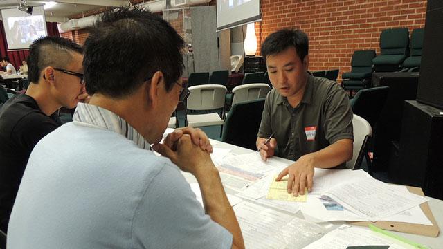 PHOTO:Deferred Action workshop in Korean.