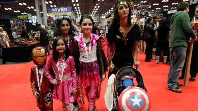 PHOTO:A Latino family at NY Comic Con.