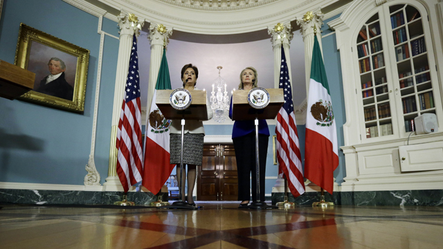 PHOTO:Secretary of State Hillary Rodham Clinton, right, and Mexican Foreign Minister Patricia Espinosa speak in the Treaty Room of the State Department, Tuesday, Sept. 18, 2012, in Washington.
