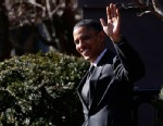PHOTO:President Barack Obama waves to reporters as they shout questions to him regarding the fiscal cliff as he walks across Pennsylvania Avenue back to the White House in Washington, Thursday, Dec. 13, 2012