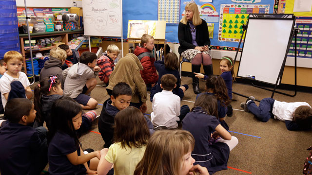 PHOTO:In this Jan. 24, 2013 file photo, first grade teacher Lynda Jensen teaches her class of 30 children at the Willow Glen Elementary School in San Jose, Calif. Looming federal spending cuts are expected to dampen Californias economic recovery.