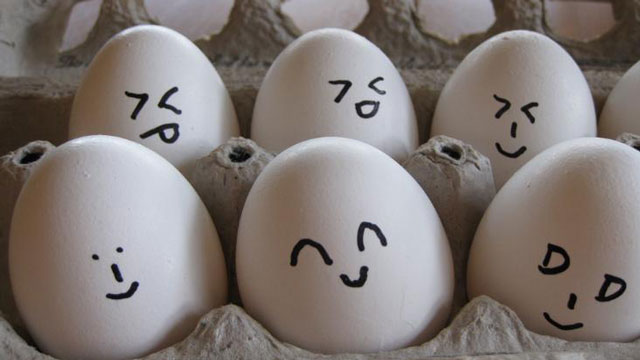 PHOTO:Eggcellent use of emoticons.