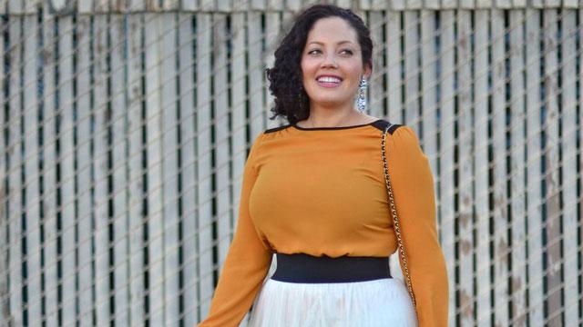 PHOTO:Tanesha of GirlWithCurves.com