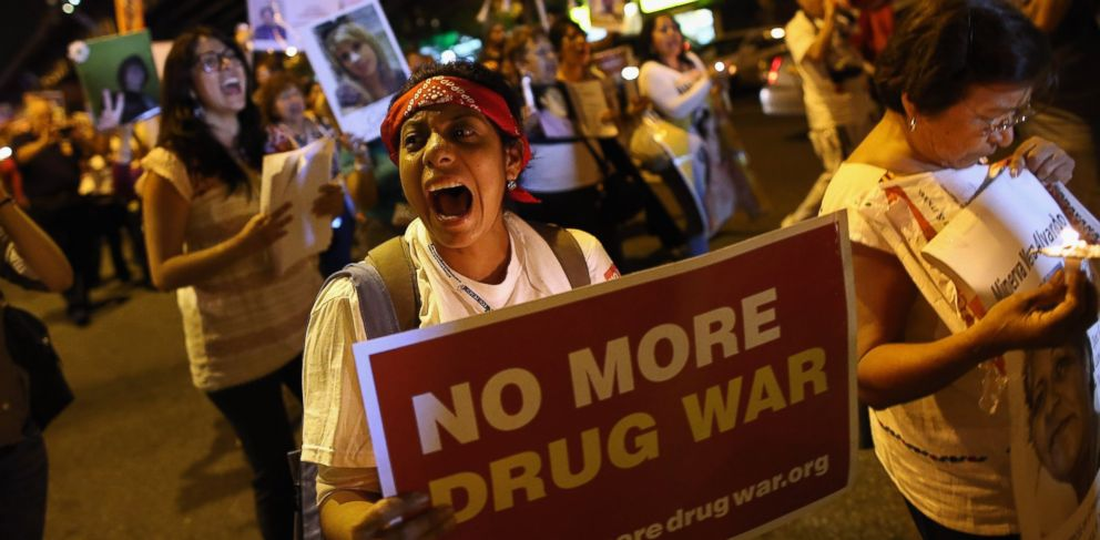 PHOTO: Protesters hold a candlelight vigil and a march calling for the end of the drug war on September 6, 2012 in the Harlem neighborhood of the Manhattan borough of New York City.