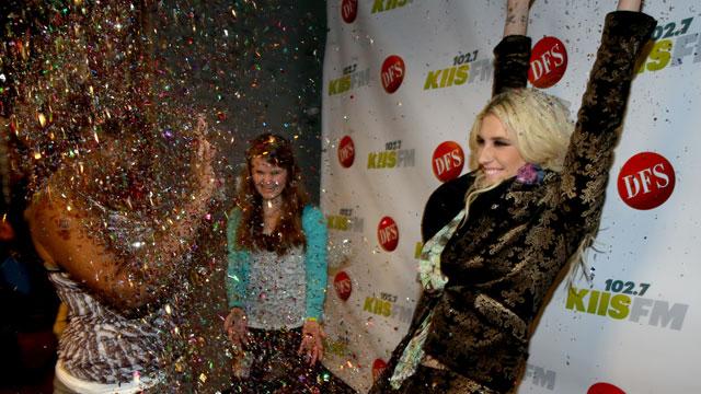 PHOTO:Ke$ha shares a (glittery) moment with fans.