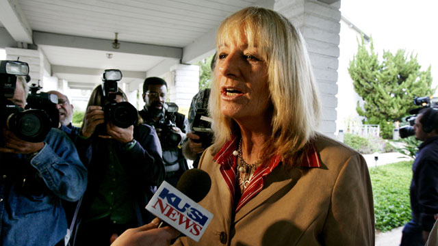 PHOTO: San Diego Mayoral candidate Donna Frye speaks to the press before voting at the Clairemont Covenant Church November 8, 2005 in San Diego, California.