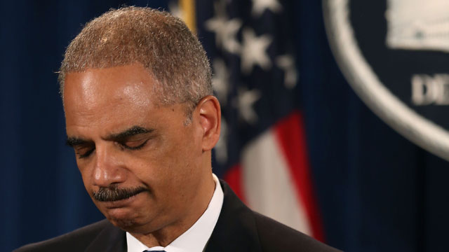 PHOTO:U.S. Attorney General Eric Holder makes a statement on the U.S. Supreme Courts ruling on the Voting Rights Act at the Justice Department on June 25, 2013 in Washington, DC.