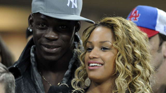 PHOTO: Mario Balotelli and Fanny Neguesha attend the UEFA Champions League Round of 16