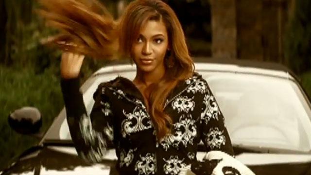 "PHOTO:Screenshot of Beyonce's ""Irreplaceable"" music video."