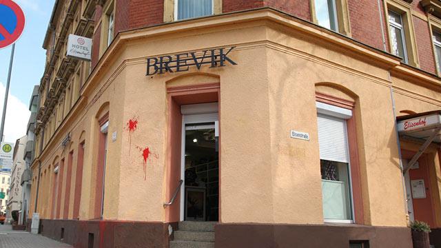 PHOTO: Brevik storefront