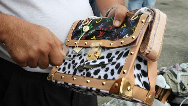 PHOTO: Counterfeit Louis Vuitton handbag