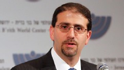 PHOTO: U.S. Ambassador to Israel Daniel Shapiro speaks at the B'nai B'rith World Center in Jerusalem, Oct. 31, 2011.