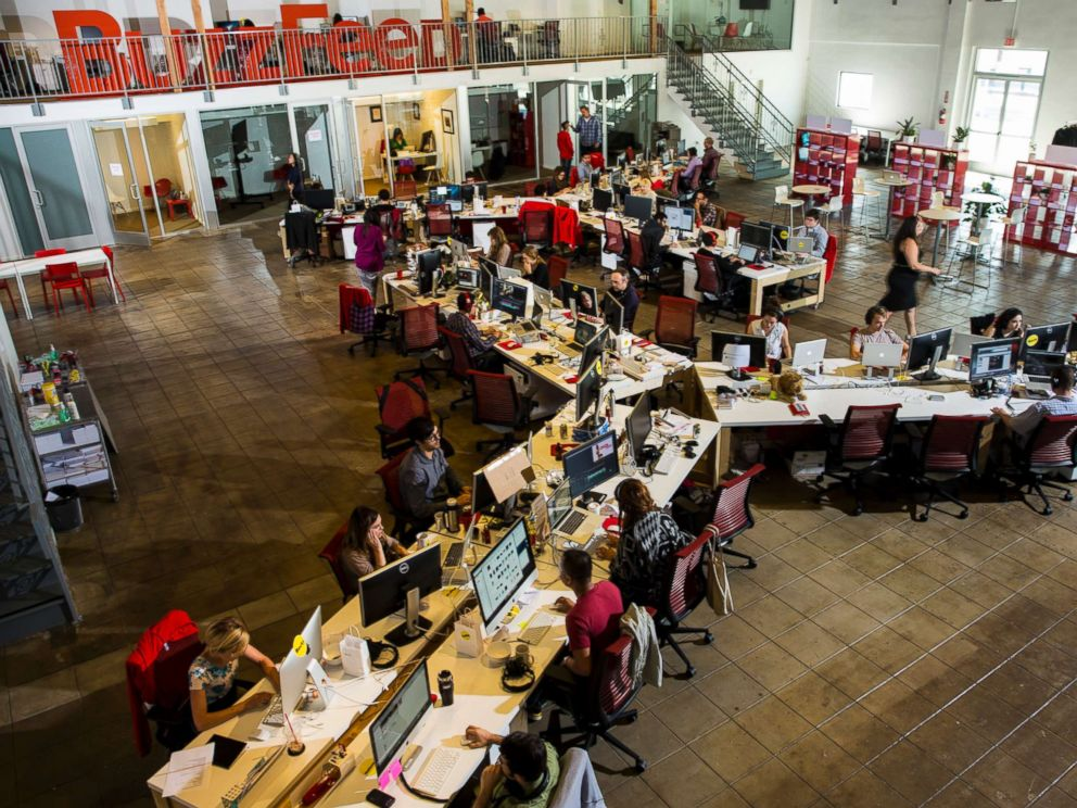 PHOTO: The newsroom of the Los Angeles headquarters of the website Buzzfeed.com, photographed Oct. 7, 2013.