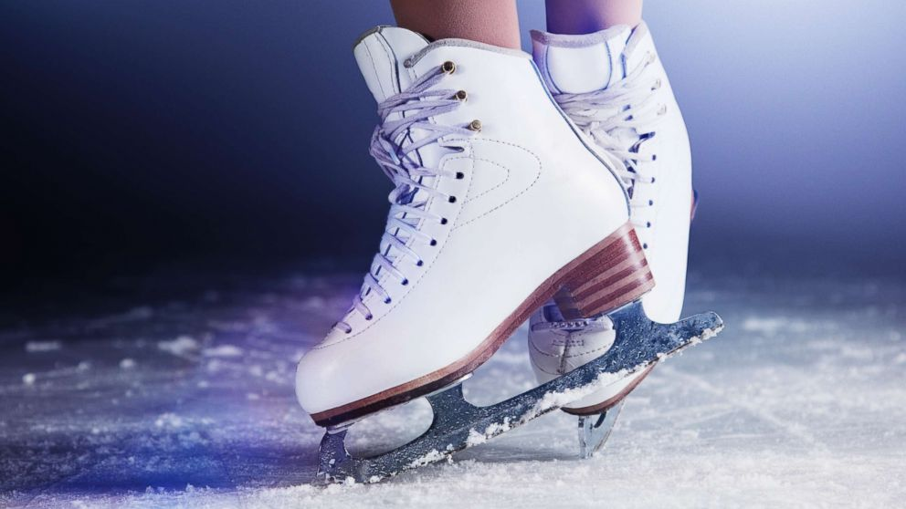 An On-Ice Measurement Approach to Analyse the Biomechanics of Ice Hockey Skating