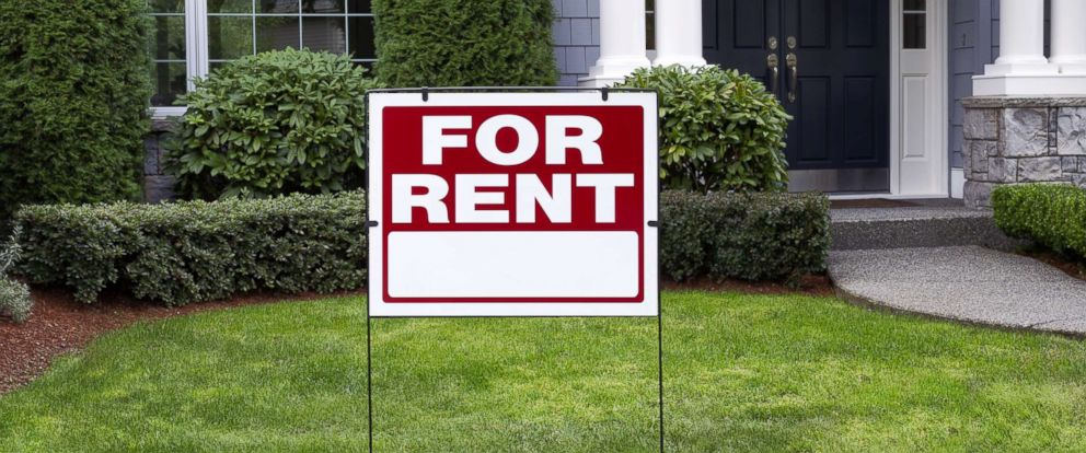 "PHOTO: A home has a ""For Rent"" sign in the front yard in an undated stock photo."