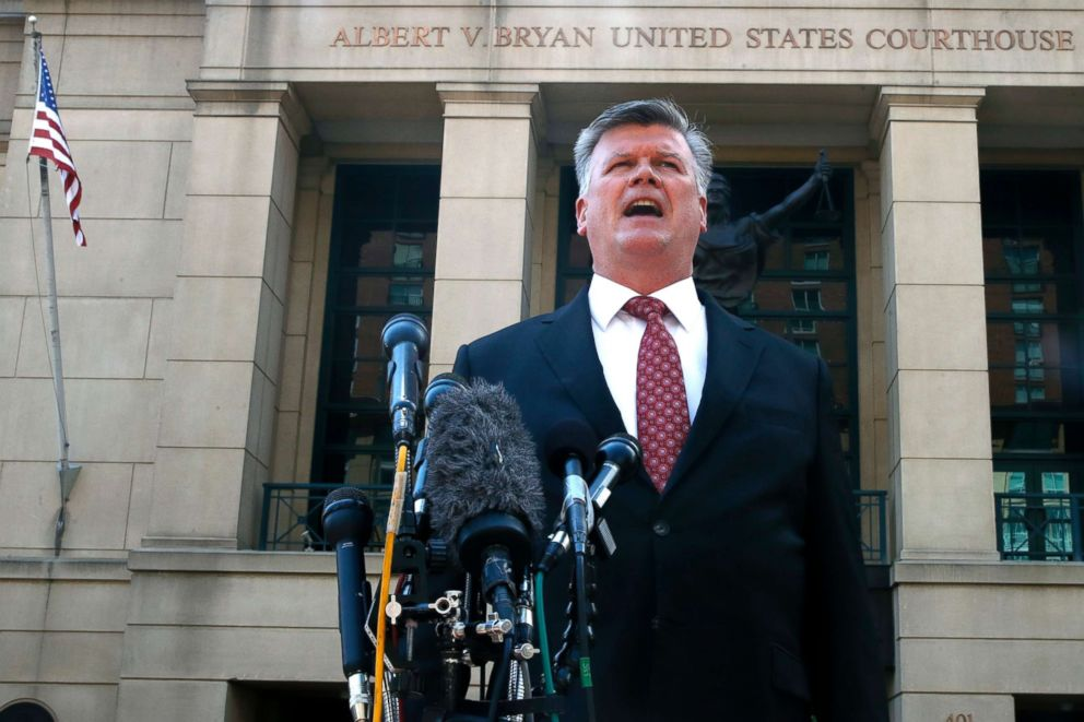 PHOTO: Defense attorney Kevin Downing makes a statement to the media after leaving federal court in the trial of former Donald Trump campaign chairman Paul Manafort in Alexandria, Va., Aug. 14, 2018.