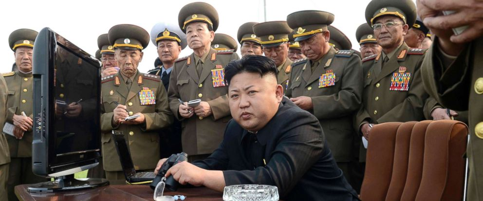 PHOTO: North Korean leader Kim Jong Un observes a shelling drill of a long-range artillery sub-unit in Pyongyang, North Korea, April 27, 2014.