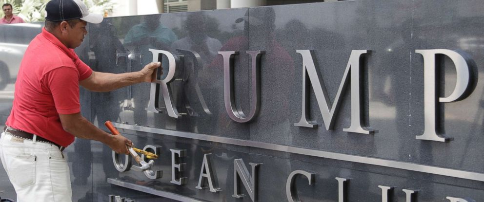 Photo A Man Removes The Word Trump Off Marquee Outside Ocean