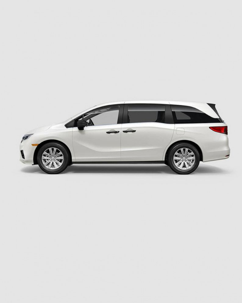 Honda recalls 241,000 minivans over wiring issue that could cause fire -  ABC NewsABC News