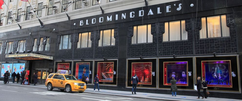 Bloomingdale S Issues Apology For Holiday Ad