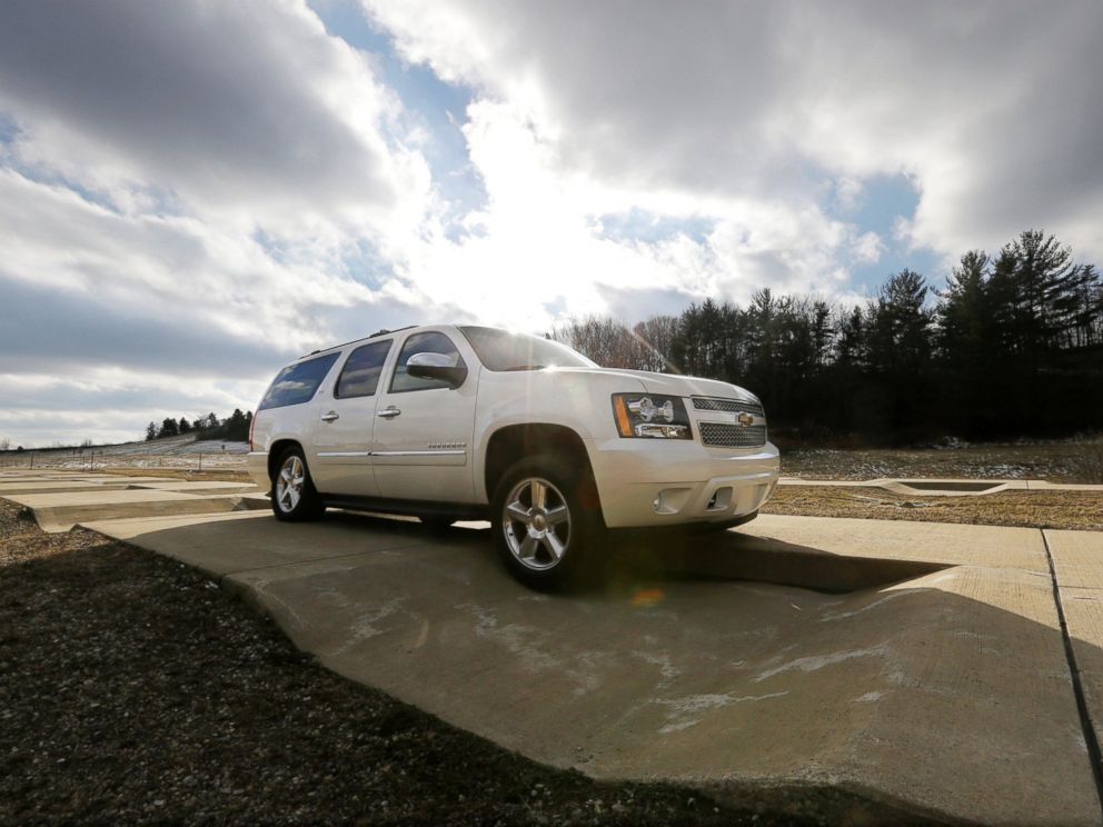 PHOTO: A Chevrolet Suburban is driven through the uneven terrain course at the General Motors Milford Proving Grounds in Milford, Mich., Jan. 17, 2013.
