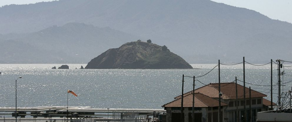 PHOTO: Red Rock Island with Mt. Tamalpais in the background is seen in this view taken from Point Richmond, Calif. on June 15, 2007.