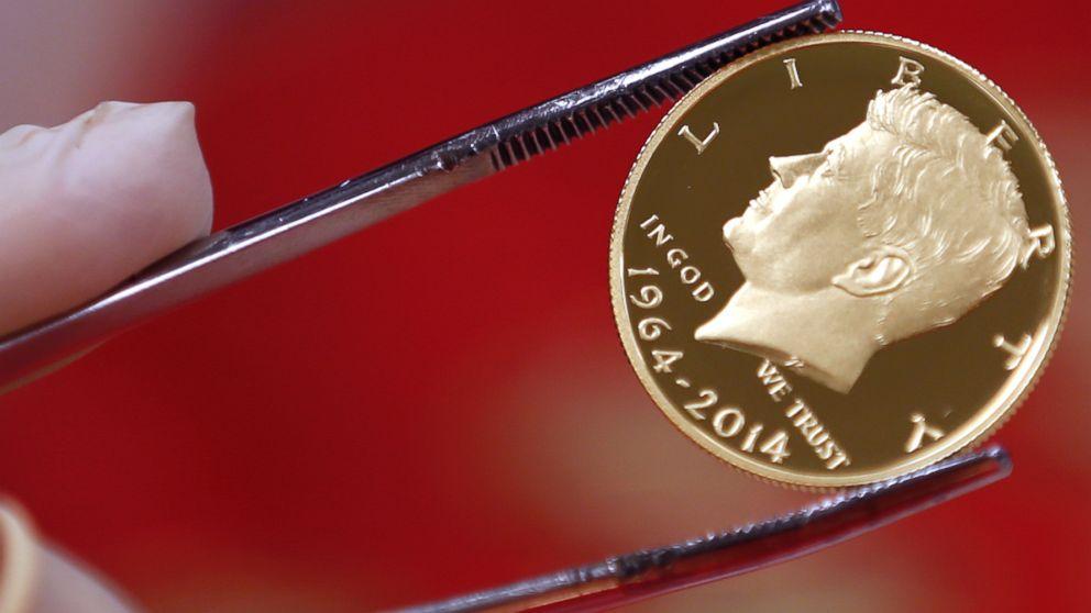 Kennedy 50th ANNIVERSARY of the ASSASSINATION JFK Half Dollar 3-Coin Set John F