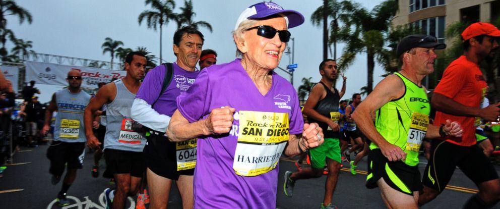 PHOTO: Harriette Thompson starts the Suja Rock ?n? Roll Marathon in San Diego, May 31, 2015.