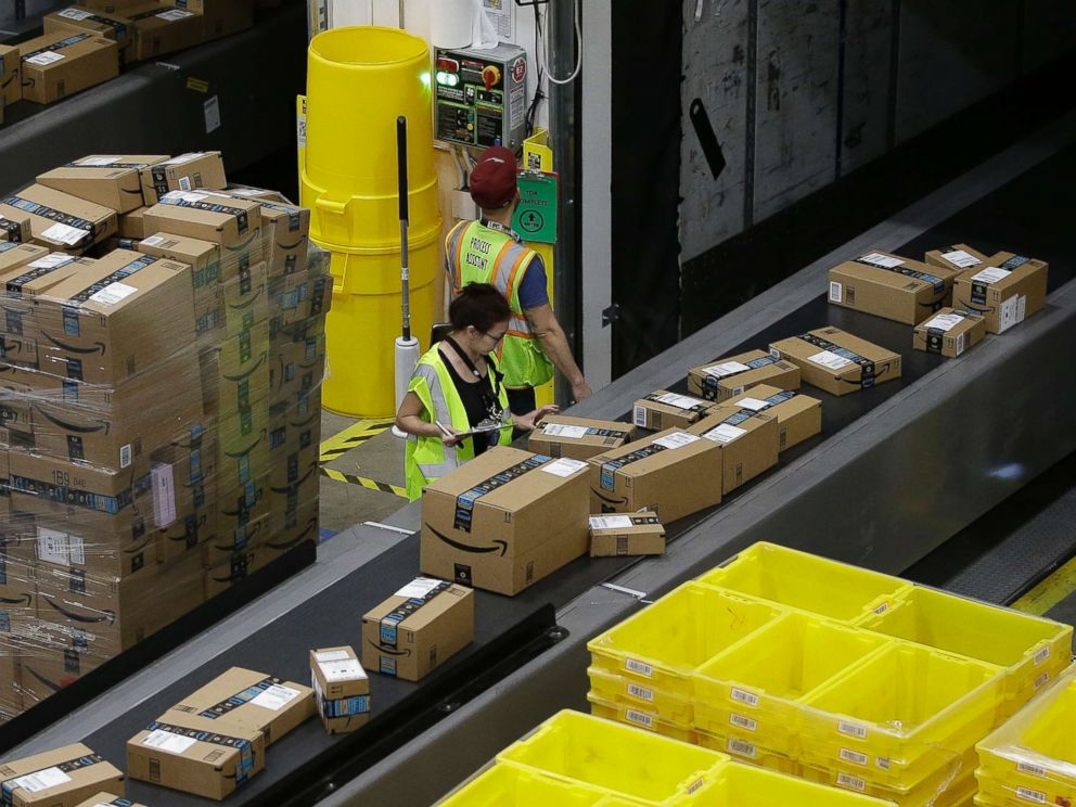 PHOTO: Packages move down a conveyor system to the proper shipping area at the new Amazon Fulfillment Center in Sacramento, Calif. on Feb. 9, 2018.