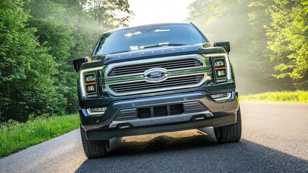 Ford's new F-150 pickup truck now accessible as a hybrid for 1st time in 43 years thumbnail