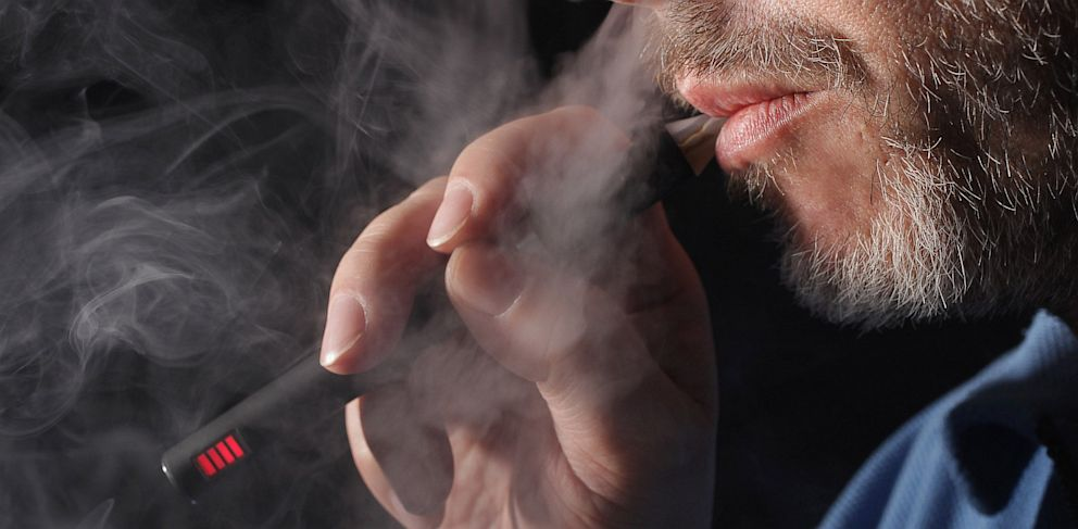 PHOTO: electronic cigarettes