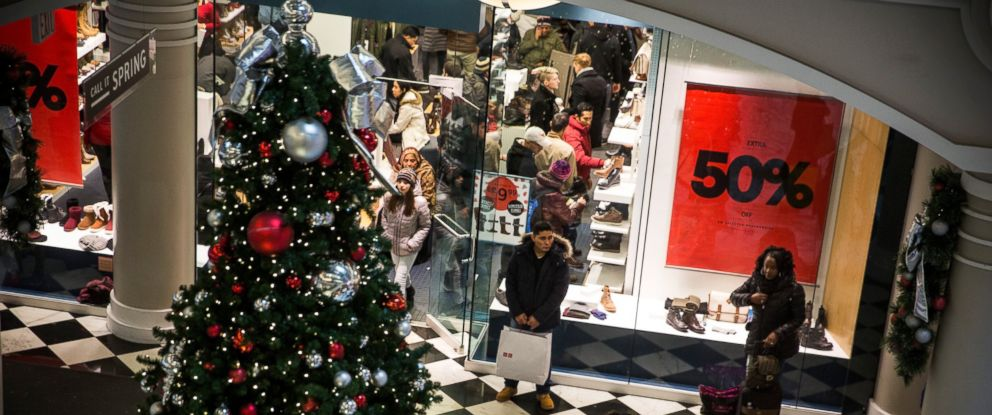 PHOTO: People shop on the day after Thanksgiving, called Black Friday, in Manhattan Mall on Nov. 28, 2014 in New York City.