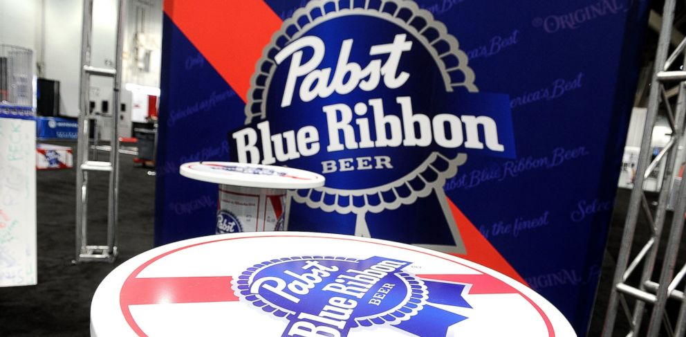 0ff3d8a29c13b6 PHOTO  View of the Pabst Blue Ribbon booth during the 28th annual Nightclub    Bar