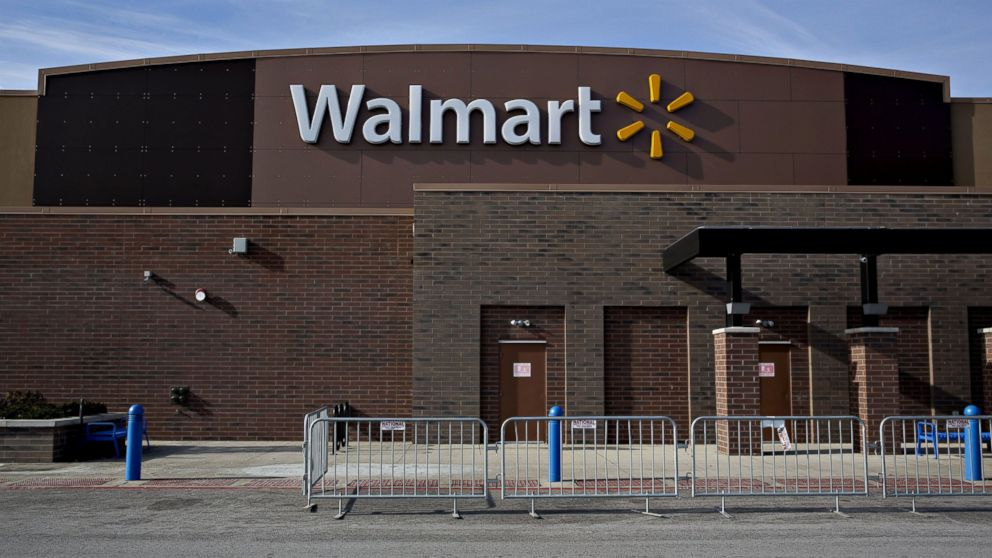 walmart to shut down 269 stores including 154 in us abc news
