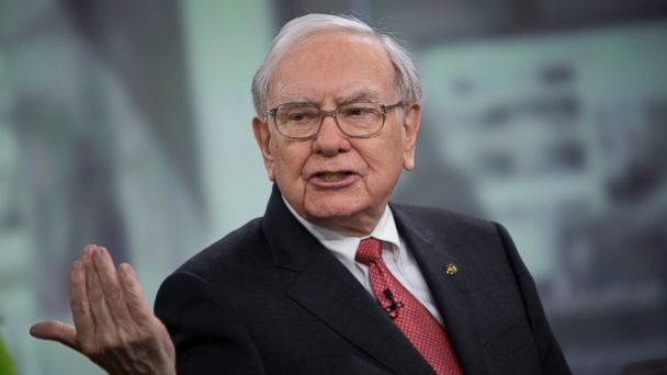 PHOTO: Warren Buffett, chairman and chief executive officer of Berkshire Hathaway Inc., speaks during an interview in New York, Oct. 22, 2013.