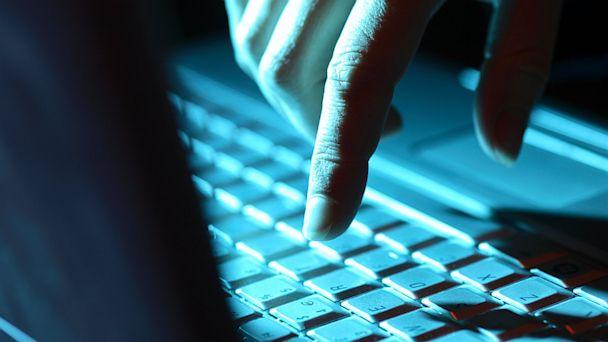 PHOTO: Computer Links To Beware