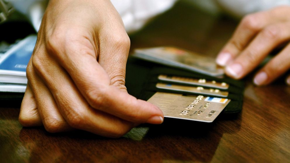 Top 5 Differences Between Small Business and Personal Credit Cards ...