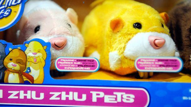 "PHOTO: ""Zhu Zhu Pets"" toys, pocket-sized hamster dolls"