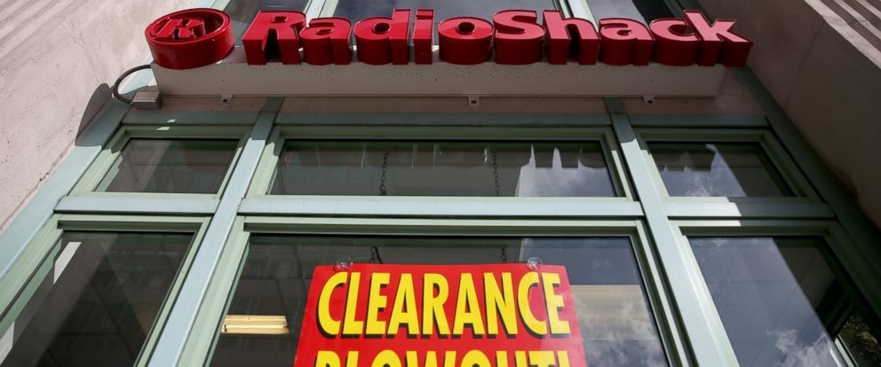 PHOTO: A sign reading, Clearance Blowout, is seen in the window of a RadioShack store, Feb. 3, 2015, in Miami.