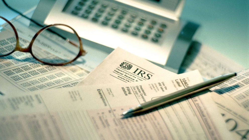 IRS: Pay 'seriously delinquent tax debts' or risk access to passport thumbnail
