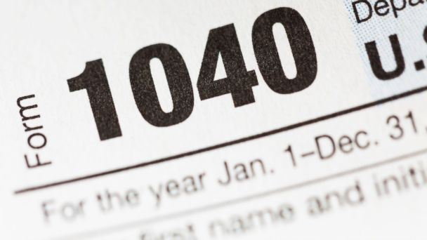 PHOTO: Regardless of your income level, you still have time -- until Dec. 31 -- to reduce your tax bill.