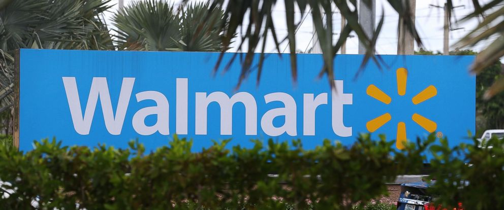 PHOTO: A Walmart sign is seen in Miami, Aug. 18, 2015.